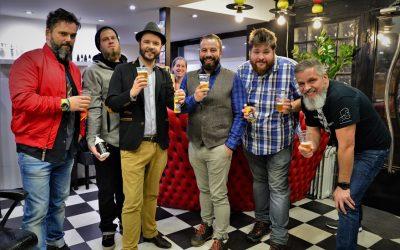 VIGYÁZAT: A külvilág zip's sört tartalmazhat! – Kreatív Kollaborációk